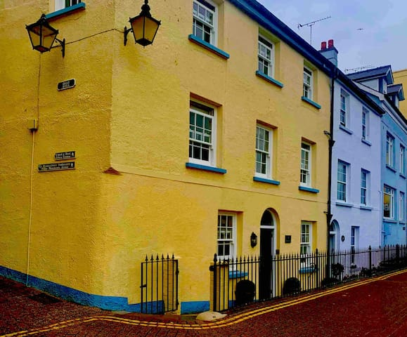 🔆 Harbour View, Tenby. Prime location -NEW- 🔆