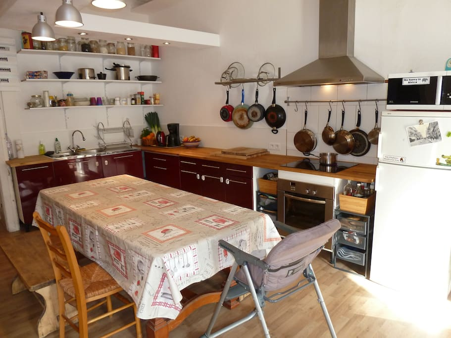 Newly renovated, fully-equipped kitchen with large kitchen table