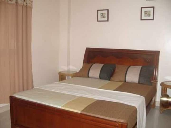 2 bedroom Fully Furnished apt unit in Imus, Cavite