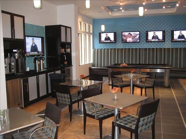 Main Lounge Coffee Bar