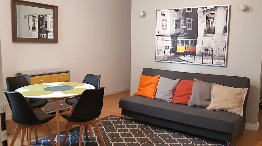Big Apartment 3 bedrooms (61 sq m) center, Parking