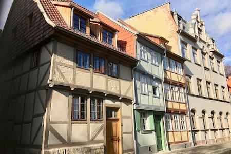 KONVENT 15 - Appartement im Denkmal von 1666 - Quedlinburg - Lägenhet