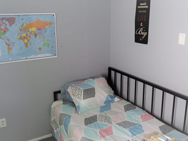 CUTE RANCH - BEDROOM 3