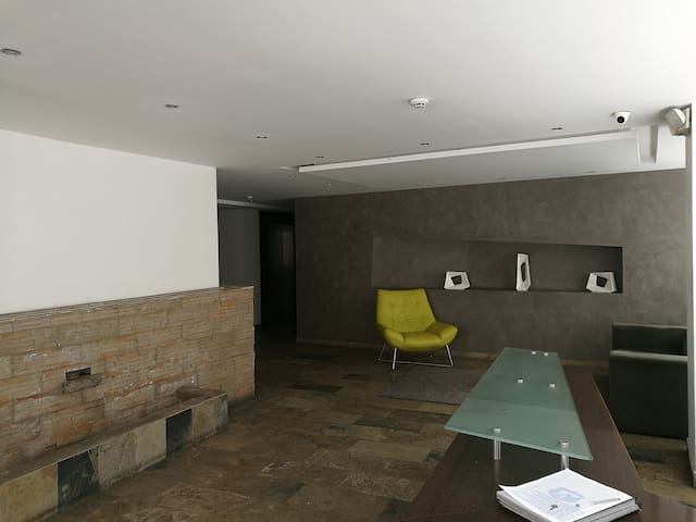 Fully Equipped Suite Near Mall Quicentro