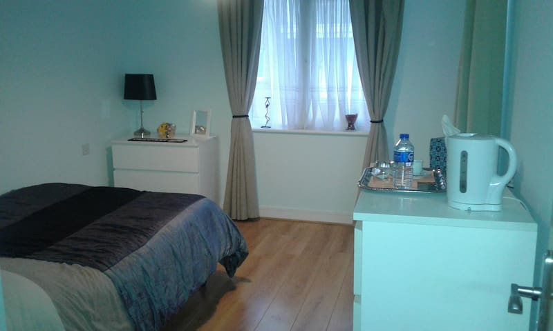 Nice and Comfortable Double Bedroom to Rent - Dublin