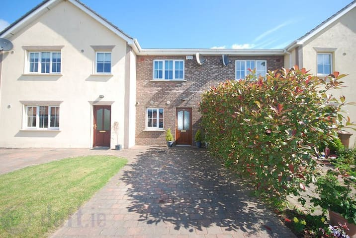 Beautiful Cosy Beach House - Meath - Casa
