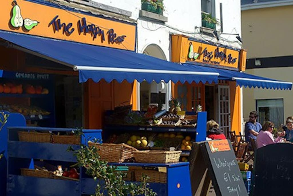 one of Ireland's most famous cafes less than 10 minutes walk