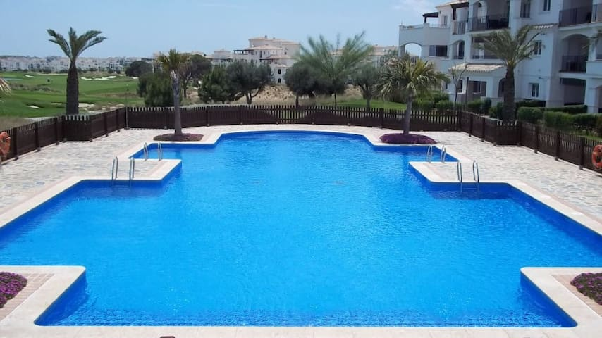 2 bedroom Penthouse  on Golf Resort - Sucina - Flat