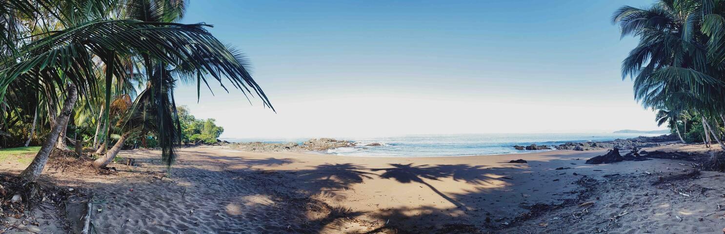 Casa de Van Van Campsite, en Playa Caletas