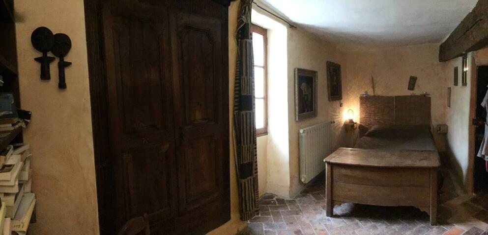 Dans maison du 18ème siècle