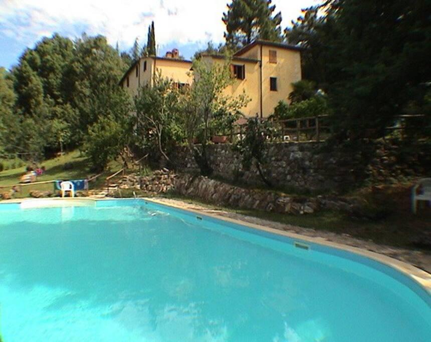 Maison 4 ch piscine priv e sienne et mer 45km villas for Piscine 15eme