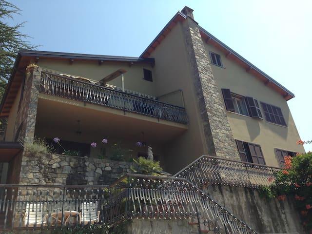 B&B Villa Margherita - Apricale - Apricale - Bed & Breakfast