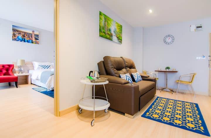 Lee (1Big room ,1 Livng roomfor family 1-5) 70sq.m