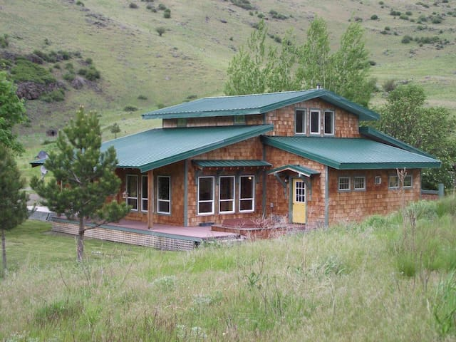 Romantic House in Eastern Oregon - Union - House