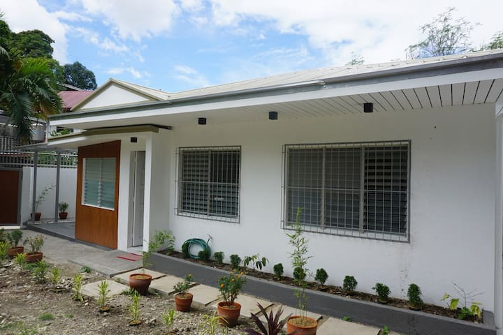 Bungalow 43 room for rent