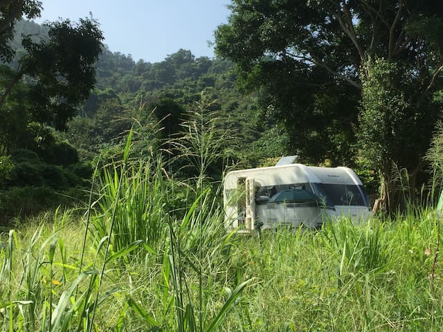 Caravan in Hong Kong organic field 露營車 - 元朗
