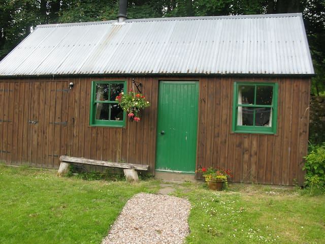 West Cottage and Stables - Bothy - Glenlyon - Stuga
