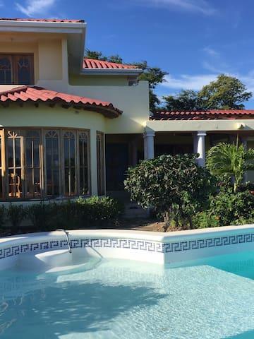 Casa Belvedere - Municipal de San Juan del Sur - Talo