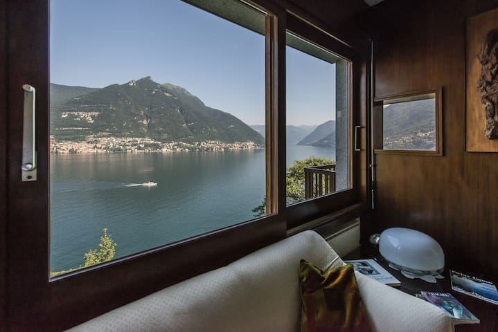 DOCTOR'S HOUSE, Lake Como, Breathtaking View, A/C!