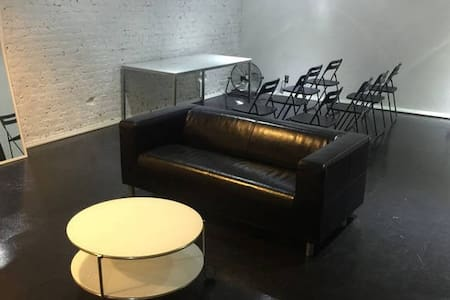 Midtown Loft For Groups or Events - New York - Apartment