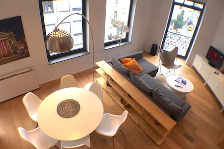 CITY CENTRE DUPLEX FOR FAMILY OR GROUPS - Bruxelles - Pis