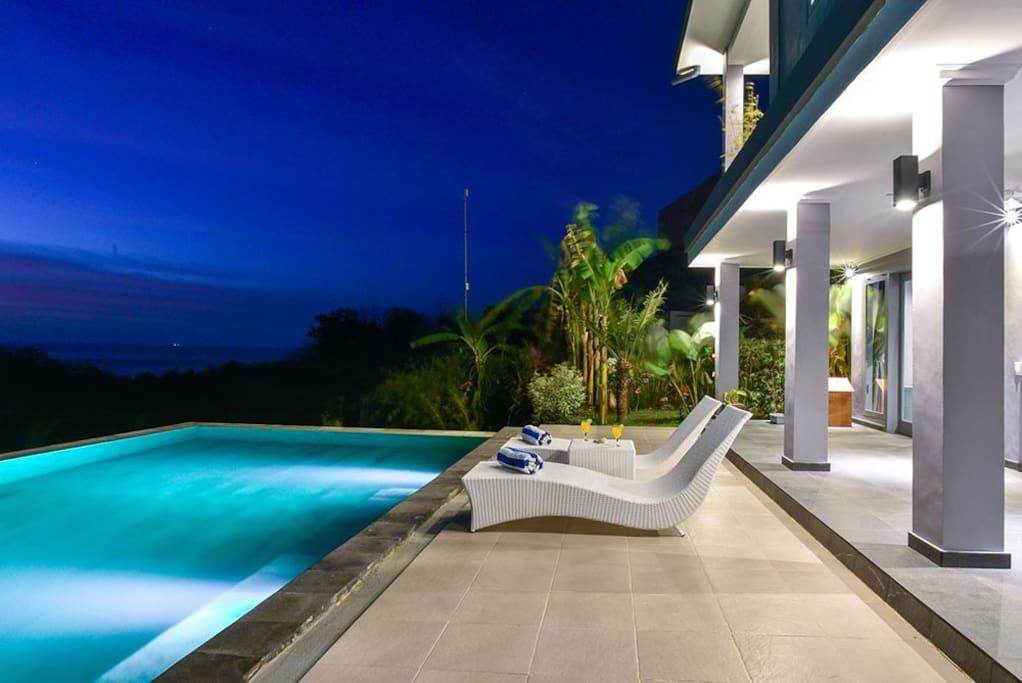 Sunbed, Pool and gazebo