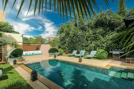 Luxury 3 Bedroom Villa with Private Pool and Staff