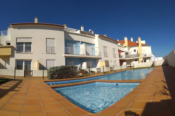 Baleal Sea close-Pool +Terrace & BBQ+🔥AC Heating