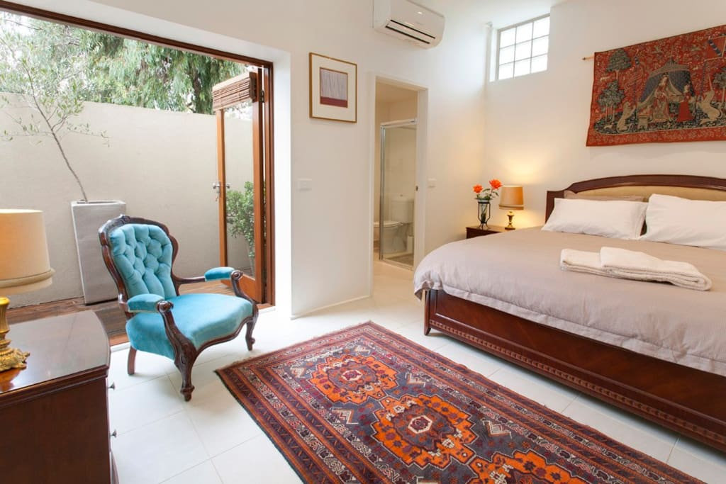 All bedrooms have their own courtyard.