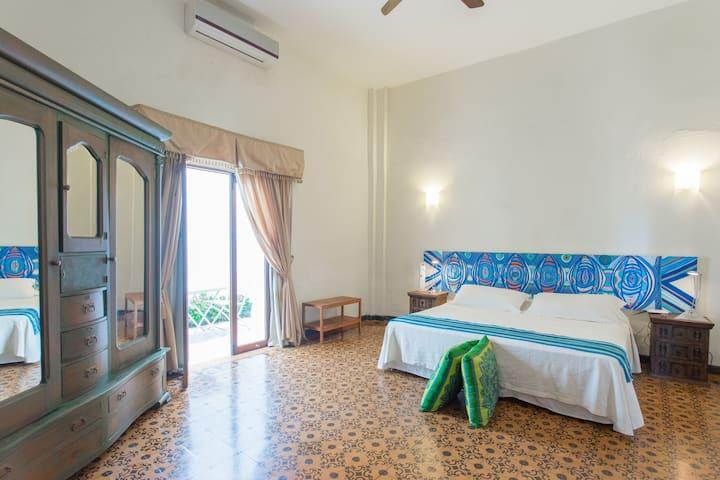 Suite Casa Bustamante