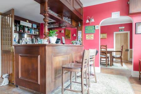 The Old Alma Inn - Chilham - Inap sarapan