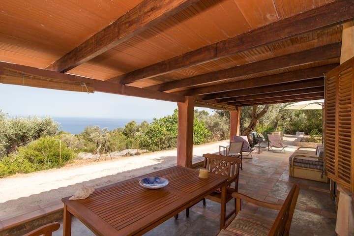 Precious estate in front of the Sea great views - Deià
