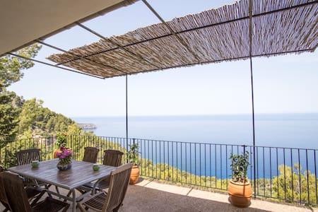 House near Deia 5 pax seafront with great views - Deià - Ev