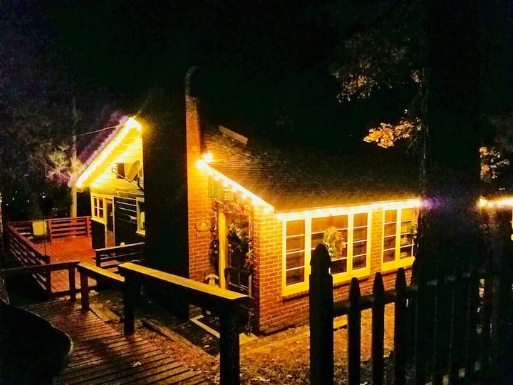 Bass Lake cabin near The Pine's/Ducey's/Marina