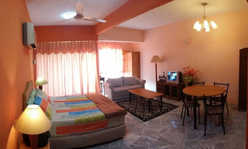 AFFORDABLE PD BEACH APT + AIR COND - Port Dickson - Pis