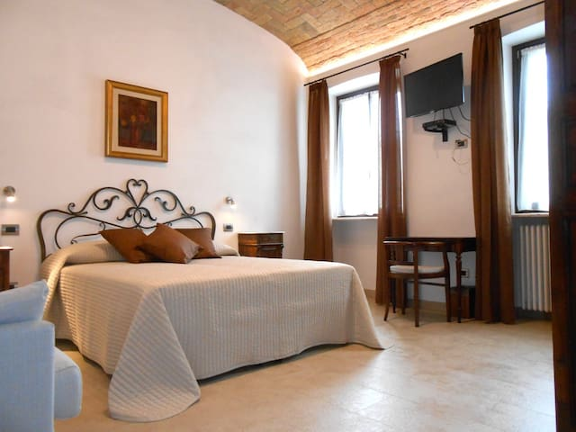 B&B Casa in Barolo #3 - Barolo - Penzion (B&B)