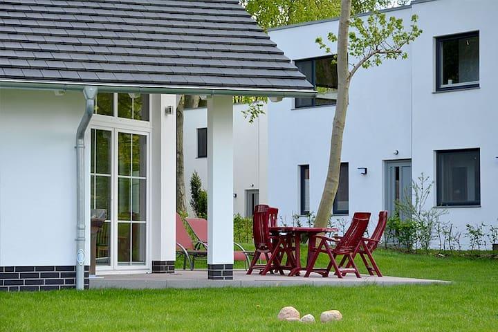 Strandhus Sellin Haus 01 - Sellin - Hus