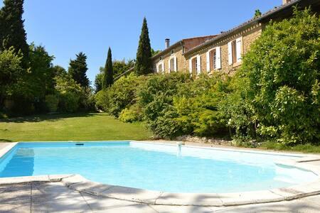 Gîte Tournesol en pays Cathare - Soupex - Huis