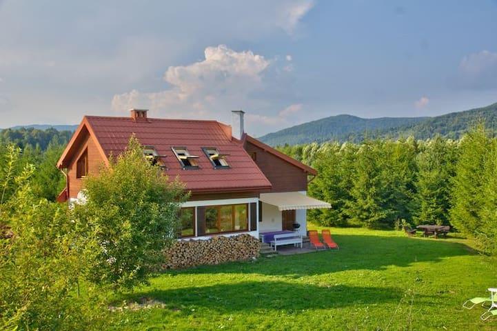 Dom w Bieszczadach - Smerek - Casa