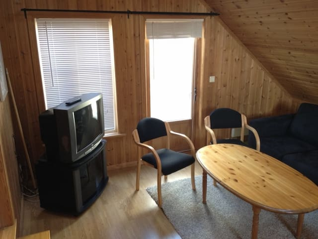 Koselig og romslig ferieleilighet - Grimstad - Lägenhet