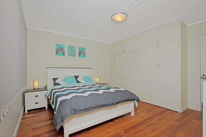 Baltica Beach House - Close to Everything - Culburra Beach