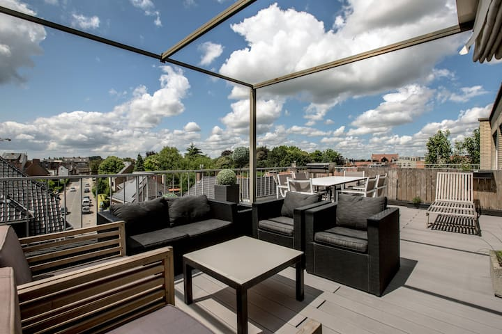 Penthouse with private roofterrace - Roeselare - Apartamento