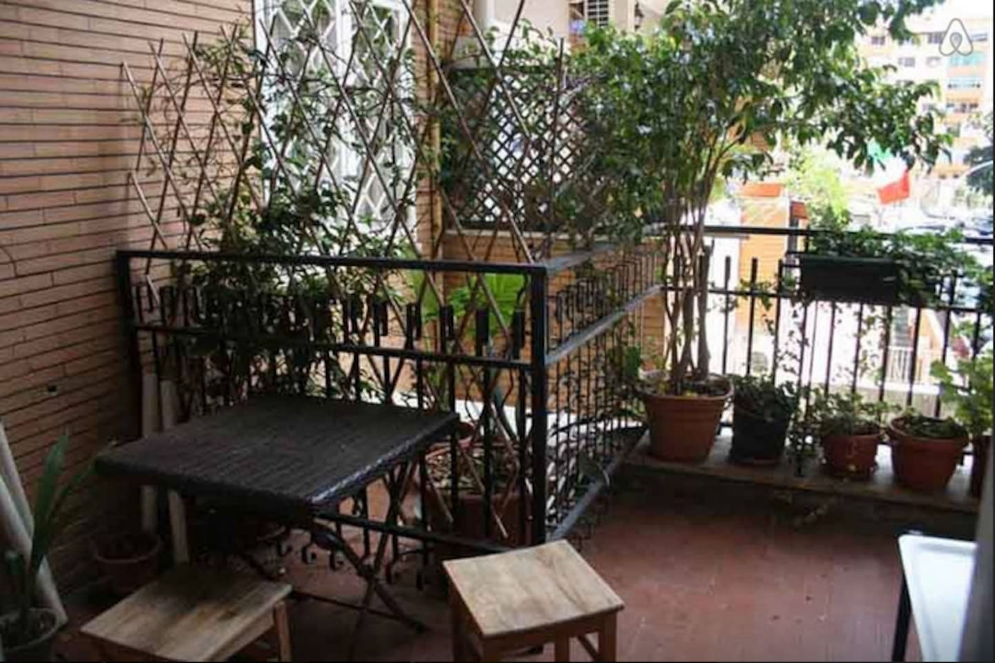 HOUSE CANTU' - TEN MINUTES FROM TERMINI By metro