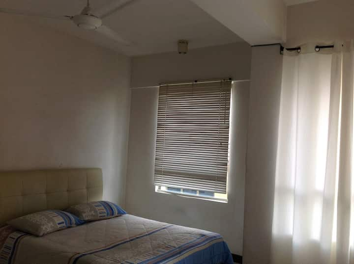 Reputable clean studio unit PJ,near MRT station
