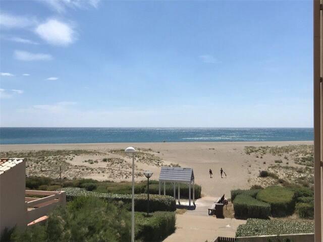 Appartement vue sur mer port leucate plage 30 m