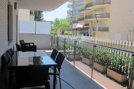 Large apartment in the center of Salou - Salou