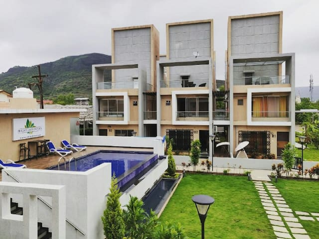 Shyam's 3bhk garden house with pool- Lonavala