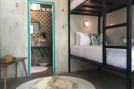 Seminyak Hostel - a bunkbed - 4pax/room - ensuite - Kuta
