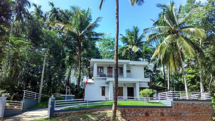Casa The Second Home - Serene 3BHK homestay