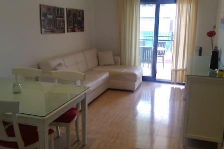 Precioso apartamento frente al mar - Puçol